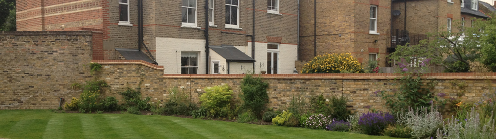Ealing weekly commercial garden maintenance